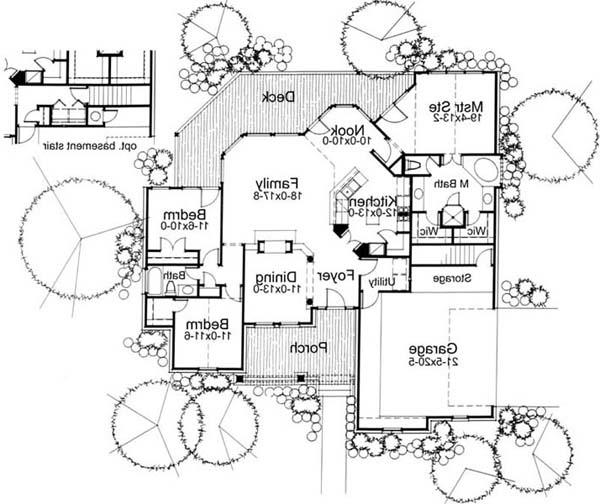 First Floor Plan image of The Oakwood House Plan